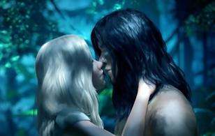 """Người rừng Tarzan ngọt ngào """"khóa môi"""" người đẹp"""