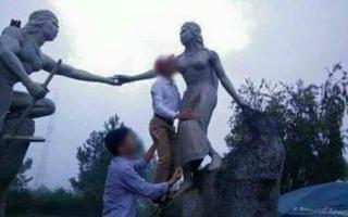 Cán bộ huyện thừa nhận đã hôn ngực bức tượng phụ nữ bằng đá vì... uống rượu say