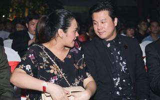 Vợ Thanh Bùi lộ diện cùng chồng khi mang bầu song thai