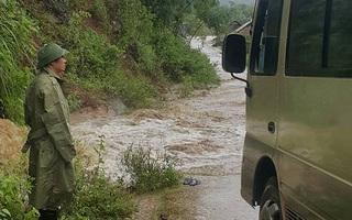 Nghệ An: Cán bộ Sở giao thông tử vong trên đường đi kiểm tra tình hình bão lũ