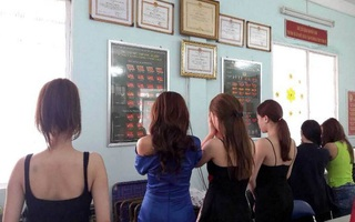 Hàng loạt người mẫu, diễn viên bán dâm giá 2.500 USD/lượt ở Sài Gòn