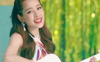 """Mừng MV """"Cho ta gần hơn"""" cán mốc 6 triệu lượt xem, Chi Pu tung phiên bản Acoustic nhẹ nhàng tặng fan"""