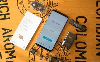 Mở hộp Galaxy S8 Plus chính hãng đầu tiên tại Việt Nam: Đẹp quá Samsung ơi!