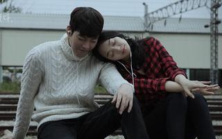 Shin Min Ah gây chú ý tại bệnh viện vì cần mẫn chăm sóc Kim Woo Bin điều trị ung thư