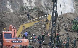 Vụ lở đất ở Hòa Bình: Khóc nghẹn tìm thấy thi thể mẹ ôm 2 con