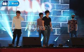 Rò rỉ ảnh và clip trong buổi tổng duyệt Kpop concert đang diễn ra!