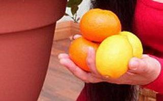 Bí ẩn cây cam nảy mầm... quả chanh