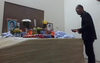 Xót xa cảnh người chồng mất cả vợ lẫn con trong vụ xe container lật ở Ba Vì: Gia đình không ai biết tin cho đến khi đọc báo