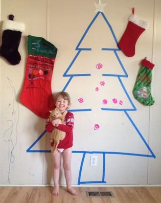 """Ngại trang trí Noel, 14 thánh lười nảy ra ý tưởng chống chế siêu """"bựa"""""""