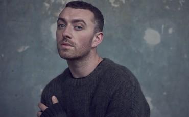 Khán giả ném đá kịch liệt khi BRIT Awards bỏ hạng mục