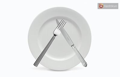 5 cách đặt dao dĩa nên ghi nhớ để là người khi ăn trông cũng sang