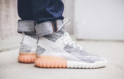 Hé lộ những mẫu sneaker rực rỡ mới ra mắt trung tuần tháng 6