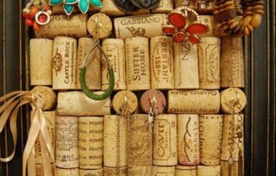 15 ý tưởng sáng tạo không đụng hàng từ nút bấc rượu vang