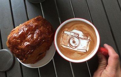 Triển lãm tranh hoạt hình cute trên những ly cà phê