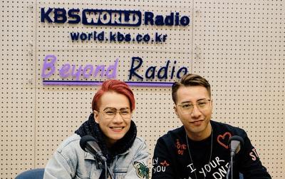 Only C - Lou Hoàng thích thú phỏng vấn tại đài phát thanh - truyền hình lớn nhất Hàn Quốc