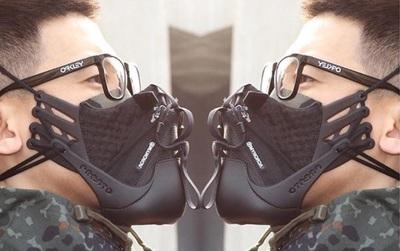 Tuyển tập những mẫu khẩu trang cực chất được làm từ giày thể thao