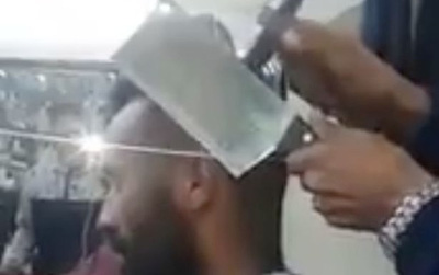 Xem cao thủ cắt tóc undercut sành điệu bằng dao phay