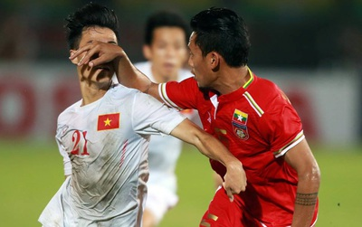 Myanmar đánh nguội, kẹp cổ, chơi xấu đội tuyển Việt Nam như thế này đây