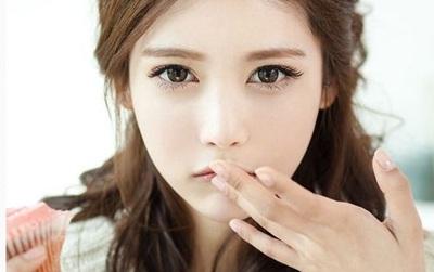 Hướng dẫn chi tiết cách dùng tinh dầu trị mụn cho da