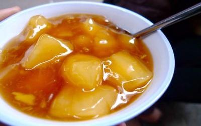 Mùa đông Hà Nội mà không ăn chè sắn thì thật quá phí!
