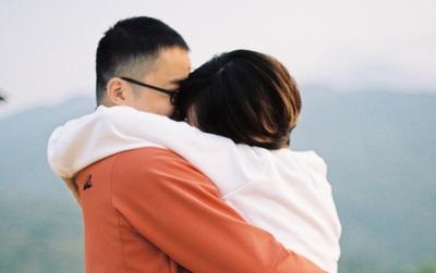 """Cặp đôi chia tay ngay sau khi du lịch về: """"Bạn trai cũ là người đồng hành tuyệt vời. Nhưng không sao, sẽ có người khác thay anh bên tôi!"""""""