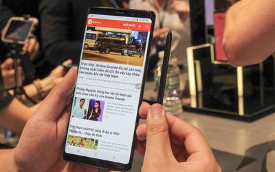 Trên tay nhanh bom tấn Galaxy Note8 vừa ra mắt tại Mỹ: Sao đẹp quá Samsung ơi!