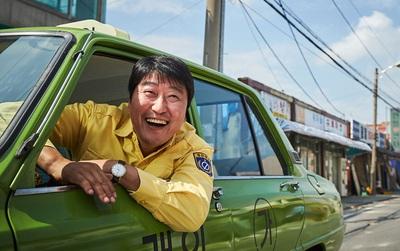 Phim Hàn ăn khách nhất 2017 với 12 triệu vé: Có xứng đáng với lời ca ngợi?
