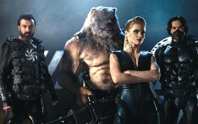 """Muốn xem """"Guardians"""", hãy vứt não đi!"""