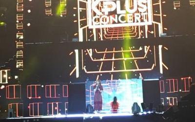 Trực tiếp MBC Music K-Plus Concert: Khán giả hét khản cổ tên MC Hani (EXID)