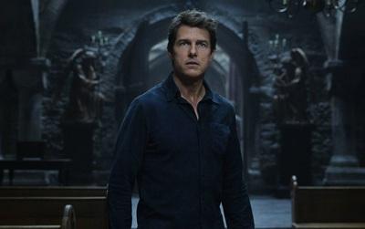 Phải chăng hình tượng anh hùng đơn độc Tom Cruise đã trở nên cũ kĩ ở năm 2017?