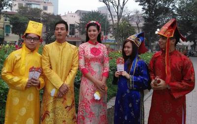 MC Phan Anh va Hoa hậu Ngọc Hân chúc Tết dí dỏm đến cộng đồng Mộng Bá Vương