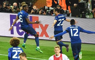 TRỰC TIẾP Man Utd 2-0 Ajax: Mkhitaryan rời sân nhường chỗ cho Lingard