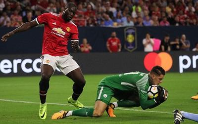 TRỰC TIẾP Man Utd 2-0 Man City (Hiệp 1): Lukaku mở tỷ số
