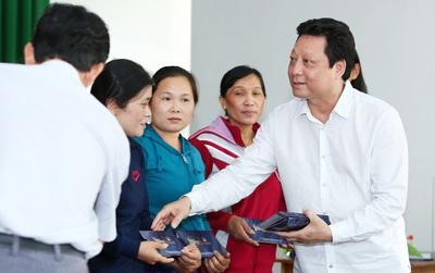 V-sixtyfour đồng hành cùng Hoa hậu Hoàn vũ Việt Nam hỗ trợ đồng bào vùng bão lũ