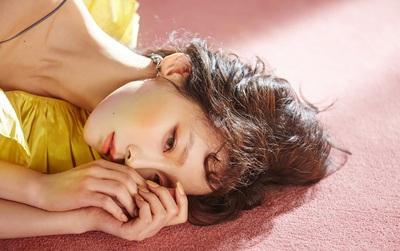 """Fan """"chết lặng"""" trước vẻ đẹp không góc chết của Taeyeon"""