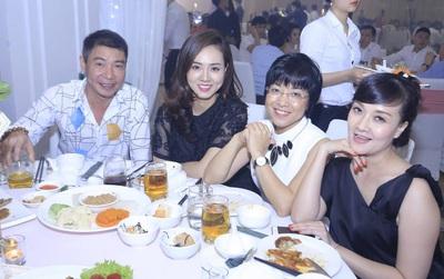 Vợ cũ và bạn gái mới của Công Lý vui vẻ khi gặp nhau trong đám cưới Thành Trung