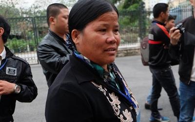 """Vợ người lái xích lô khiến bé trai 10 tuổi tử vong: """"Chúng tôi cảm ơn gia đình cháu bé đã khoan dung"""""""