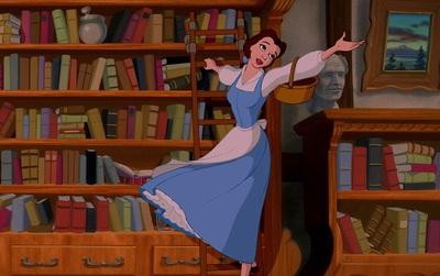 """5 lỗ hổng kịch bản đã được """"lấp kín"""" của Beauty and the Beast 2017"""