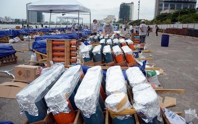 """Cận cảnh """"trận địa"""" pháo trước giờ khai hỏa cuộc thi pháo hoa Quốc tế tại Đà Nẵng"""