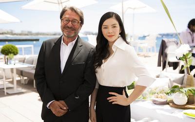 Lý Nhã Kỳ đẹp thanh lịch trong tiệc riêng gặp gỡ giới điện ảnh tại Cannes