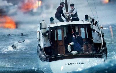 """Tại sao """"Dunkirk"""" lại là một bom tấn khác biệt nhất của Christopher Nolan?"""