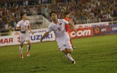 U22 Việt Nam 1-2 U22 Hàn Quốc (Hiệp 2): Tìm bàn gỡ hòa