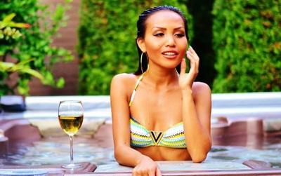 """Kiều nữ Thái Lan từng hẹn hò với 5.000 đàn ông giàu có mở lớp học """"câu"""" đại gia online"""