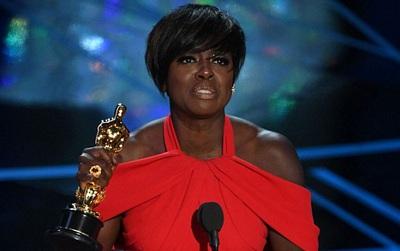 Viola Davis - Nữ minh tinh vừa thắng giải Oscar từng nghèo đến nỗi phải kiếm ăn trong thùng rác