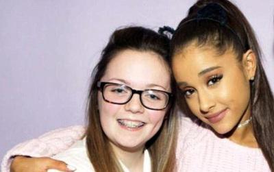 Ariana Grande muốn lo liệu chi phí hậu sự cho các fan thiệt mạng sau vụ đánh bom