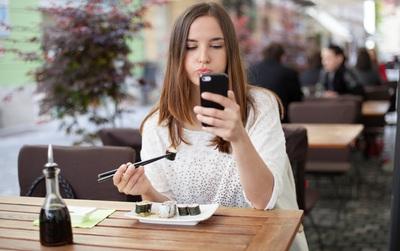 Những thói quen ăn uống tàn phá cơ thể mà tuổi dậy thì cần tránh