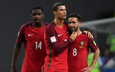 Bồ Đào Nha bị loại khỏi Confed Cup 2017 sau loạt sút penalty siêu tệ