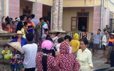 Thái Bình: 4 học sinh lớp 6 đón taxi đi chơi, gia đình tưởng con bị bắt cóc liền vây bắt tài xế
