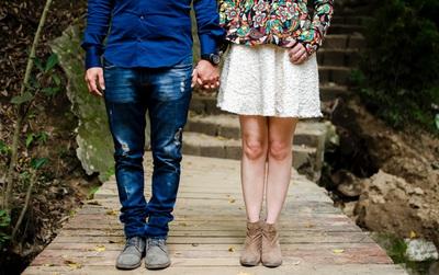 """5 cách để thể hiện tình yêu thay vì suốt ngày chỉ lặp đi lặp lại: """"Anh yêu em/Em yêu anh"""""""