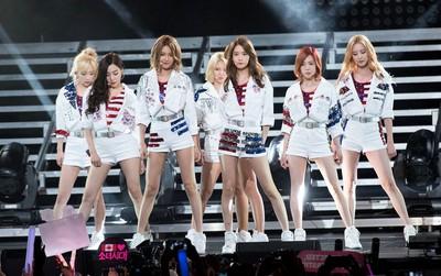Khi idol Kpop gửi lời yêu đến fan: 1 bài hát thay cho ngàn lời hứa